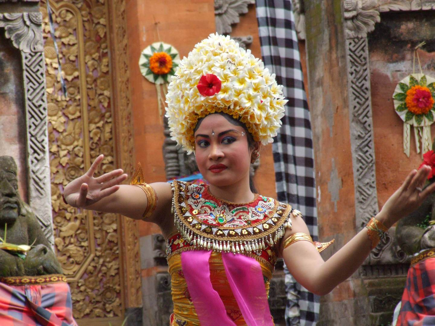 Mara River Safari Lodge Balinese dance