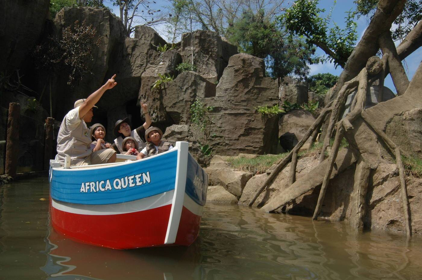 Mara River Safari Lodge Jungle Cruise at Bali Safari