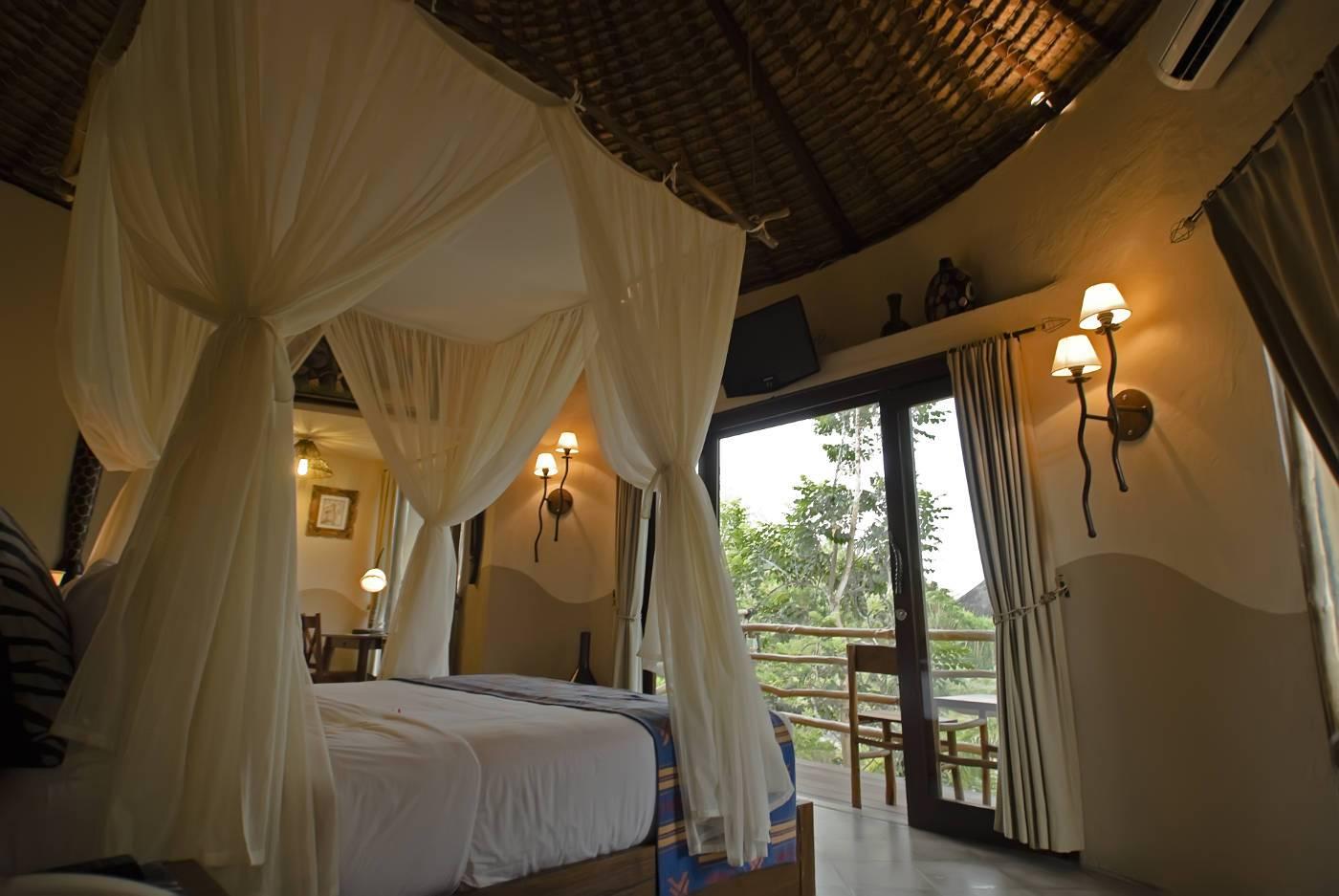 Twiga Room Mara River Safari Lodge