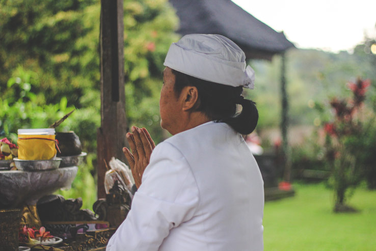 Bali Traditional Clothing The Priest Mangku