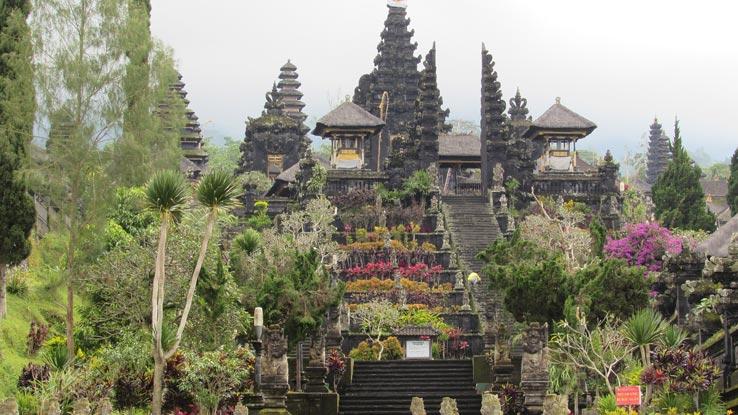 Visit Bali Temple Besakih