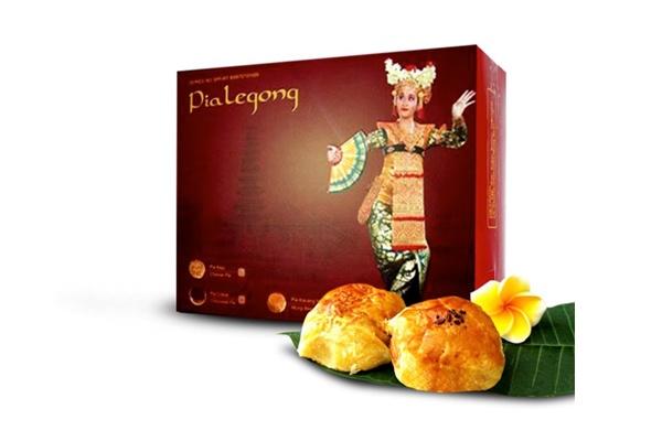 pia-legong-souvenirs-bali