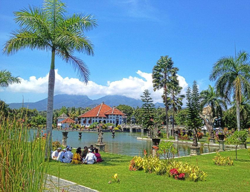 Taman Ujung Palace